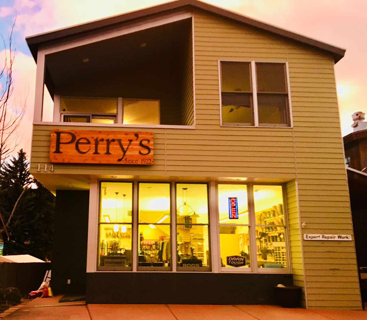 Perry's Shoe Shop